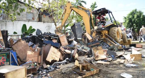 Ministerio de Hacienda destruye 284 máquinas tragamonedas y más de 2 mil equipos confiscados